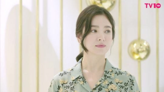 [TV텐] 등장만으로도 빛이 나는 송혜교의 팝업스토어 방문 현장