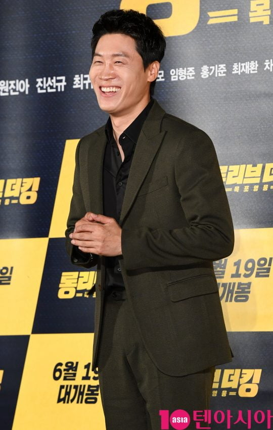 배우 진선규가 20일 오전 서울 중구 을지로 메가박스 동대문에서 열린 영화 '롱 리브 더 킹: 목포 영웅' 제작보고회에 참석하고 있다.