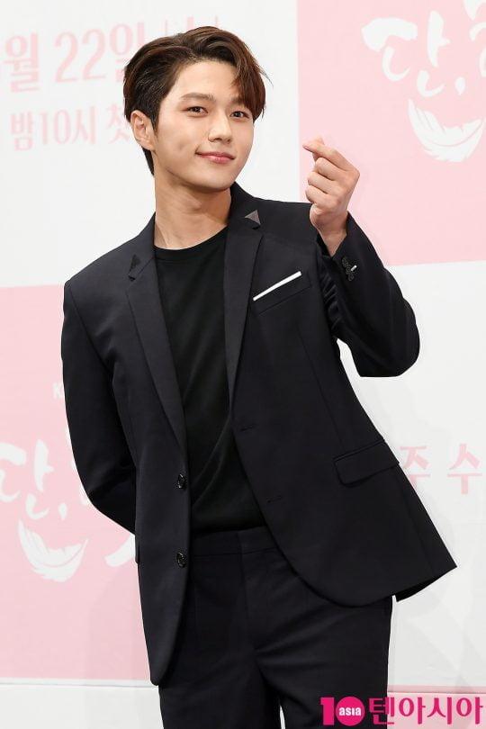 배우 김명수