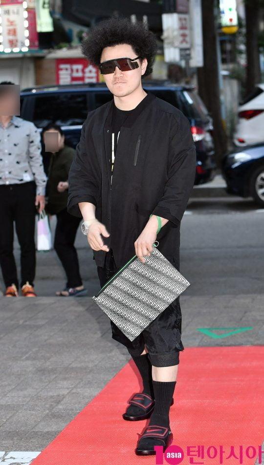 배우 양동근이 28일 오후 서울 여의도 한 음식점에서 열린 KBS 2TV 월화드라마 '국민 여러분!' 종방연에 참석하고 있다.