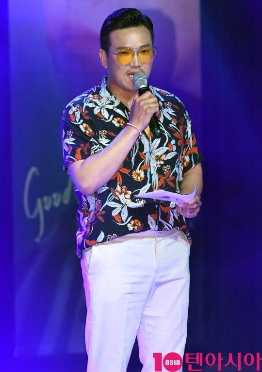MC 딩동이 31일 오후 서울 청담동 일지아트홀에서 열린 지진석 싱글 '굿나잇'(good Night) 쇼케이스에 참석하고 있다.