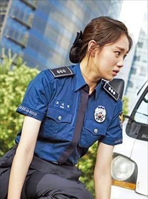 영화 '걸캅스' 이성경  /CJ엔터테인먼트 제공