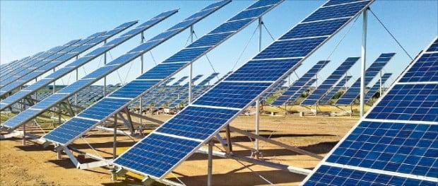 한화케미칼 자회사인 한화큐셀앤드첨단소재가 설치한 태양광 패널.