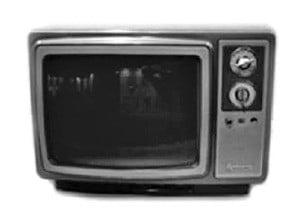 삼성전자가 1976년 개발한 첫 컬러TV. 국내 컬러 방송 시작이 1980년으로 늦어지면서 해외 시장에 먼저 공급했다.  /삼성전자 제공
