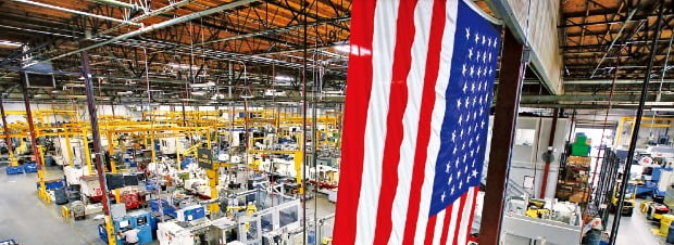 미국 제조업이 '제2의 전성기'를 맞고 있다. 감세와 규제완화 등 친기업 정책 덕분이다. 미국 캘리포니아주에 있는 한 공작기계 공장. 미국 제조업협회 제공