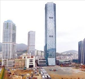 부산 문현동 부산국제금융센터 일대.