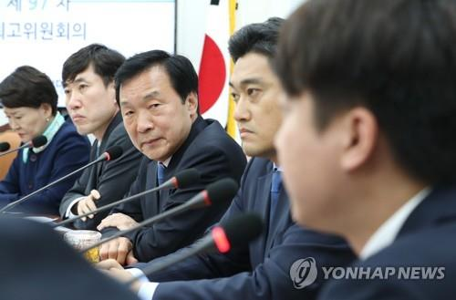 퇴진이냐 봉합이냐…손학규-바른정당계 '일요일 담판'