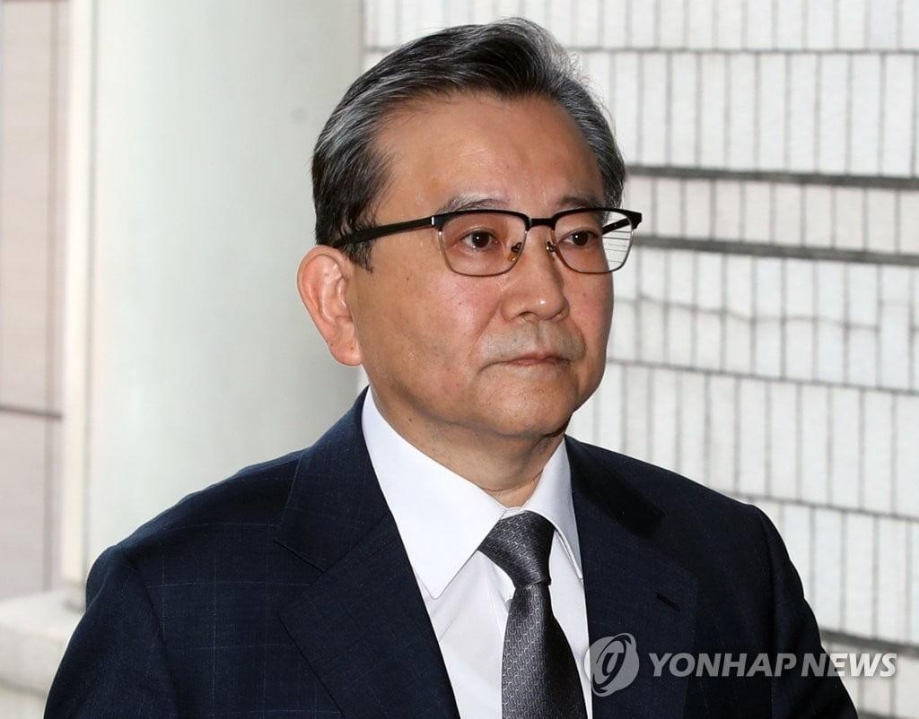 `뇌물·성접대 의혹` 김학의 결국 구속…`혐의 부인`이 패인된 듯