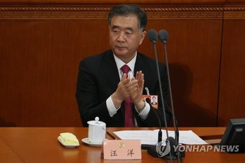 """중국 서열 4위 """"무역전쟁으로 성장률 1%P 떨어질 수도"""""""