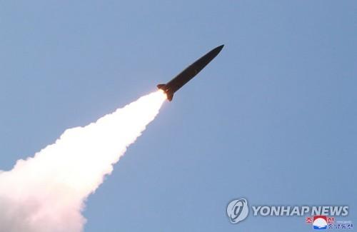 """軍 """"한미, 北미사일 제원·궤도 공동분석""""…시간 걸릴 듯"""