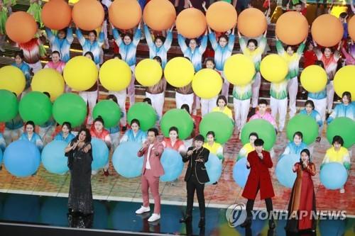 한류 규제 풀리나…시진핑 참석 中국가급 행사에 가수 비 등장