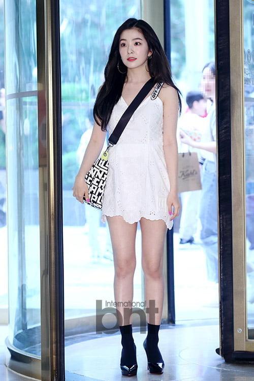 [bnt포토+] '백화점을 밝힌다' 아이린, 자체발광 인형 미모