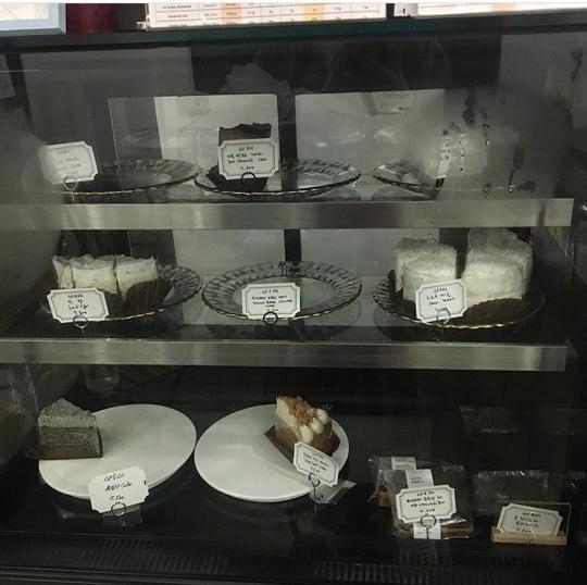 도둑이 빵 먹방을 하고 간 사진 /사진=써니브레드 인스타그램