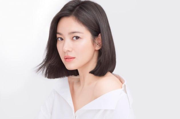 아모레퍼시픽의 설화수, 메이크온 광고 모델  송혜교