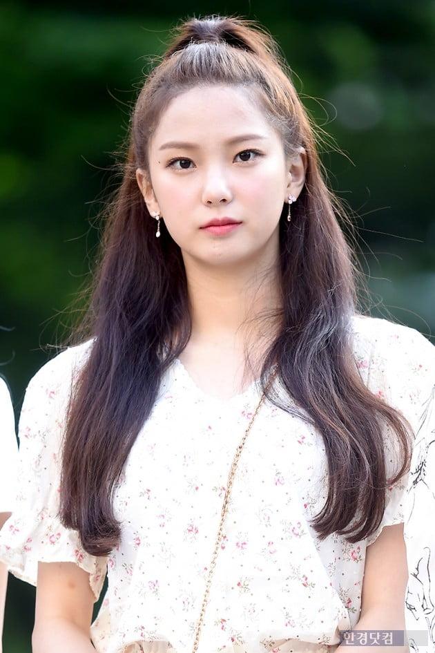 [HK영상] CLC, 출근길에서도 도도하게…'시선 사로잡는 걸크러시' (뮤직뱅크 출근길)