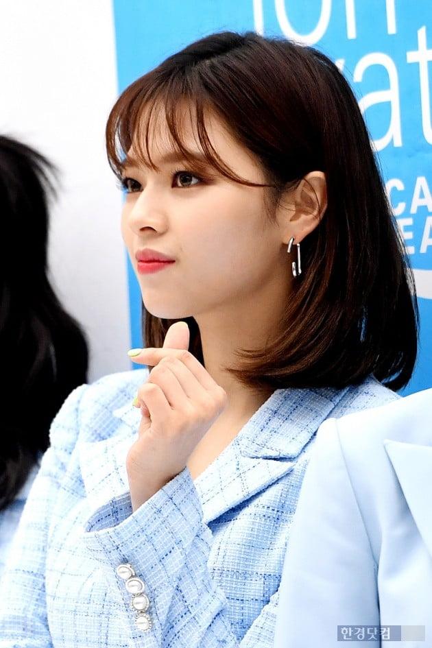 [포토] 트와이스 정연, '리즈미모 경신'