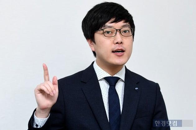 """[투자 썰쩐] '라이징 스타' 황준혁 """"38% 고수익 비결은 생존주"""""""