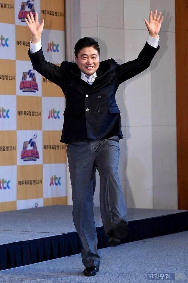 [포토] 양준혁, '트레이드마크 만세 슛'