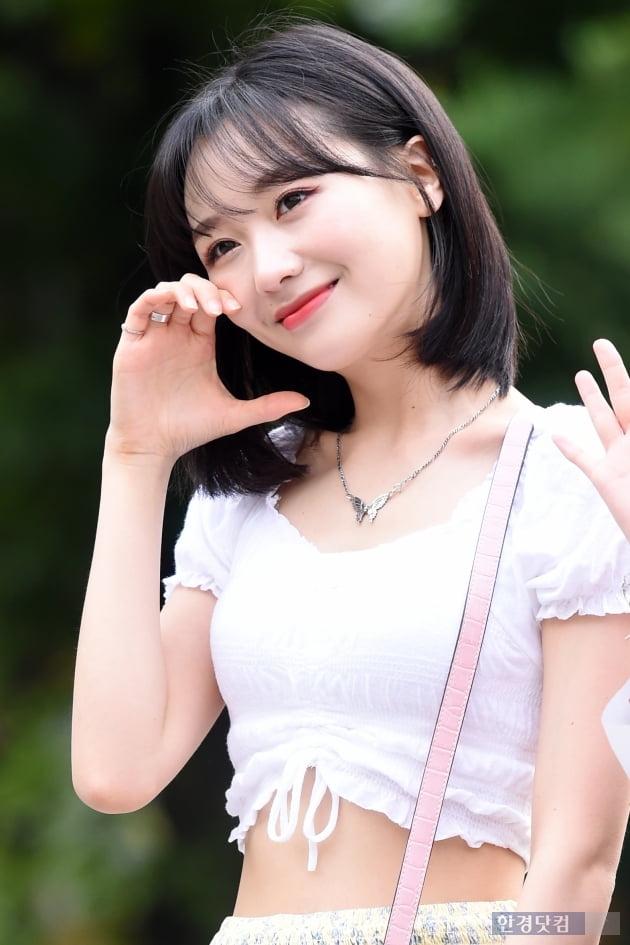 [HK영상] 러블리즈 류수정, '단 1초도 눈 뗄 수 없는 사랑스러움~' (세로직캠)
