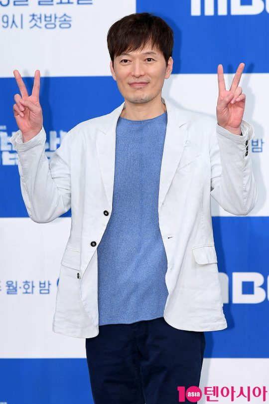 배우 정재영