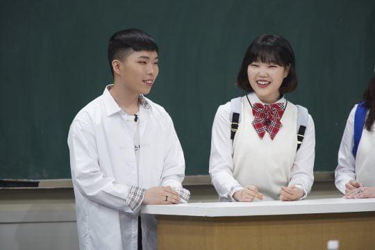 '아는 형님'의 악동뮤지션 이찬혁(왼쪽)과 이수현./사진제공=JTBC