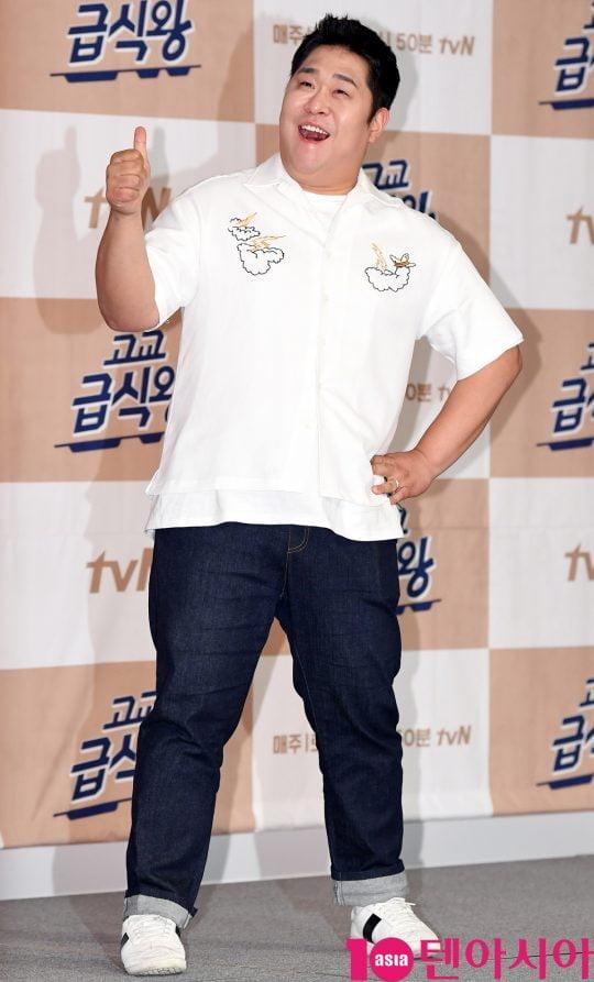 """[TEN PHOTO]문세윤 """"학창시절 급식시간에 뛰었다"""""""