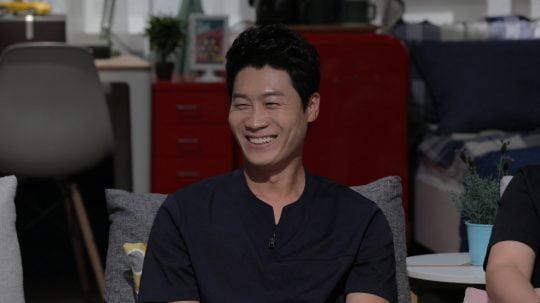 JTBC '방구석1열'에 출연한 진선규./사진제공=JTBC