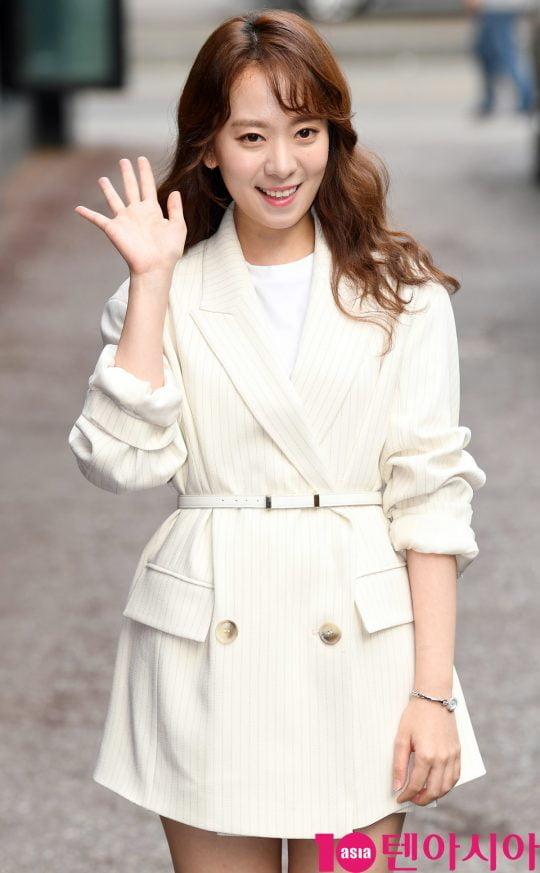 배우 송상은이 19일 오후 서울 여의도 한 음식점에서 열린 tvN 월화드라마 '어비스:영혼 소생 구슬' 종방연에 참석하고 있다.