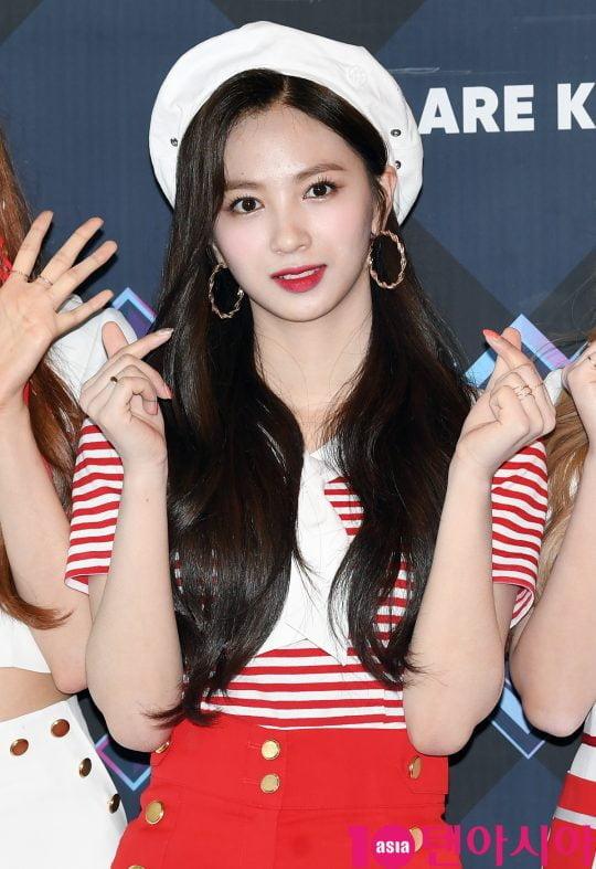 체리블렛 지원이 20일 오후 서울 마포구 상암동 CJ ENM 센터에서 열린 Mnet '엠카운트다운' 리허설 전 포토타임에 참석하고 있다.
