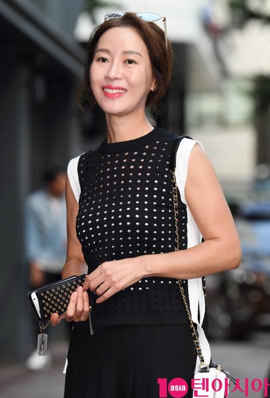 [TEN PHOTO]김희정 '작심하고 꾸민 종방연 패션'
