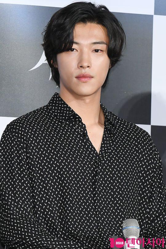 배우 우도환