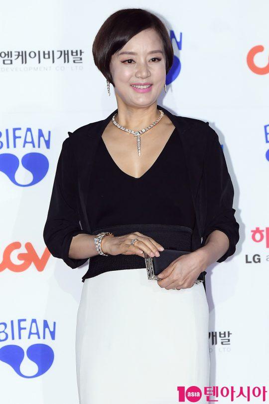 배우 장미희