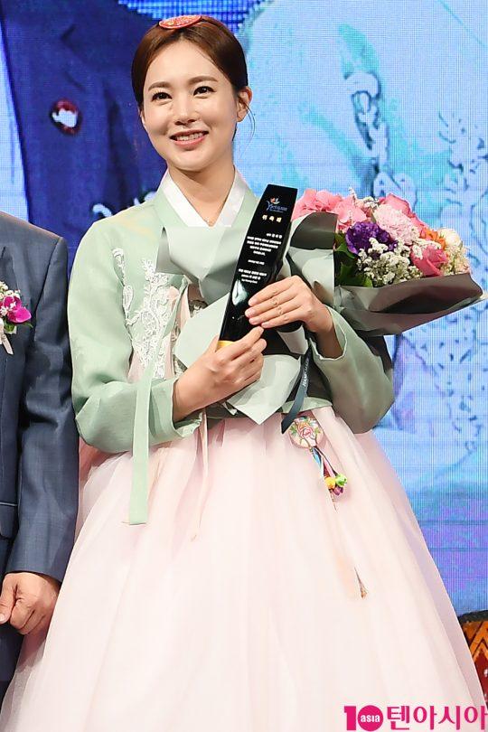 배우 김하린