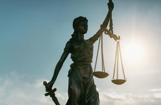 이색 로펌·법률 스타트업 창업 나선 젊은 변호사들