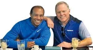 데이비드 재슬러브 디스커버리 최고경영자(오른쪽)는 '골프 황제' 타이거 우즈의 일상, 골프 강습 등을 담은 독점 콘텐츠를 선보였다.