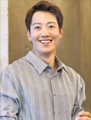 """""""직진하는 '순정 마초'役…단순해지려 노력했죠"""""""