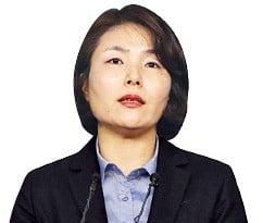 전희경 자유한국당 의원, '경제파탄' 프레임 띄우는 '보수 잔다르크'