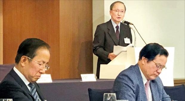 나가미네 야스마사 주한 일본대사가 지난 18일 서울 연세대에서 한·일 관계를 주제로 강연하고 있다.