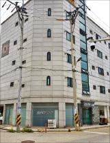 [한경 매물마당] 수원시 영통 공장 건물 등 6건