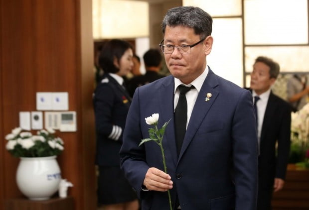 """김연철 """"北에 이희호 여사 부고 전달…다양한 가능성 준비"""""""