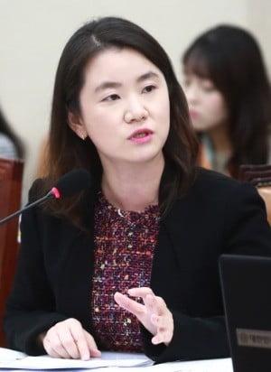 """신보라, 김제동 고액 강연료 논란에 """"잘못 운용된 세금 환수해야"""""""