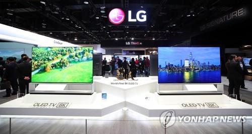 프리미엄 시장으로 쏠리는 인도 TV…삼성·LG 선두 다툼