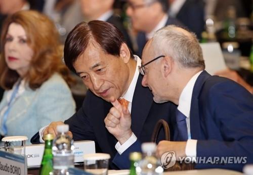 """시장선 금리인하 기정사실화…""""이르면 내달 인하"""" 전망도"""