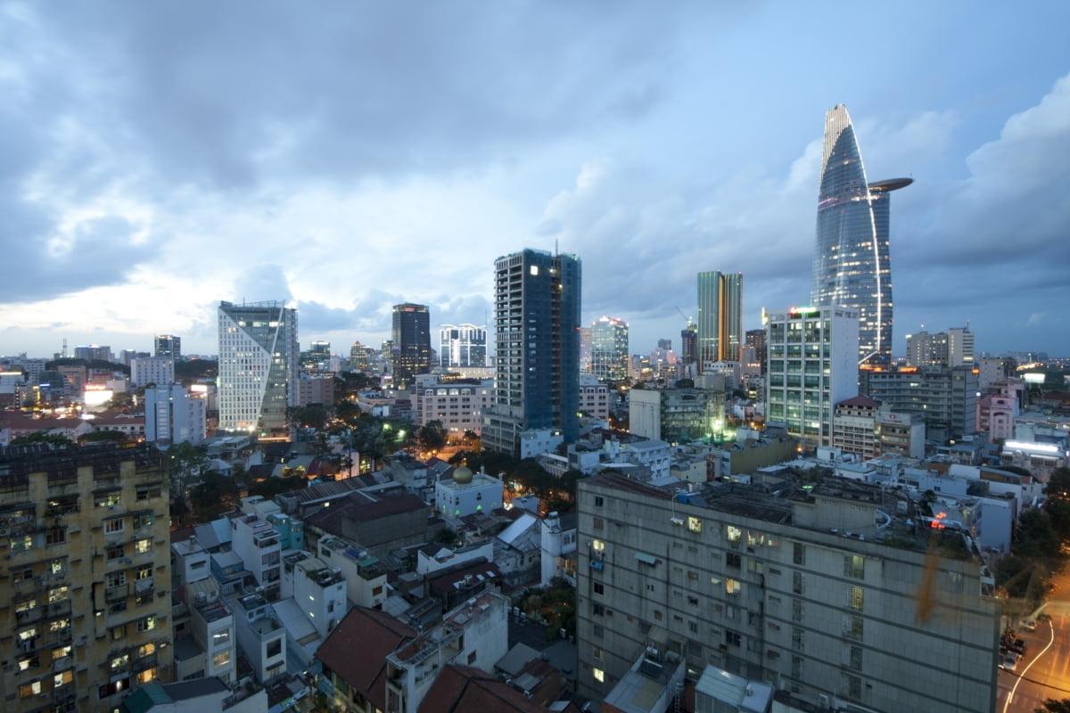 호찌민시, 5개월간 외국인직접투자 49%↑ - 베트남 비즈뉴스 헤드라인