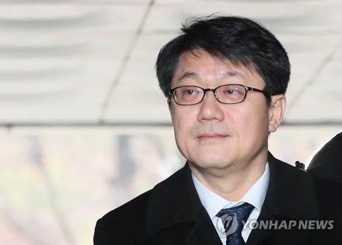 '사찰 입막음' 김진모 2심도 집행유예…국고 횡령만 유죄