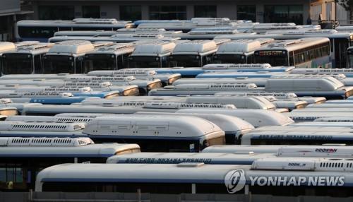 """""""버스 대란 막는다""""…국토부 '근로시간 단축 대응반' 설치"""