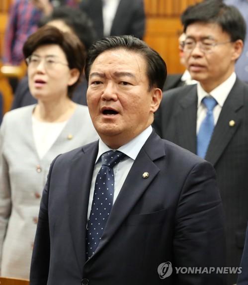 """'피오르 관광' 민경욱 SNS에 민주 """"또 막말"""" vs 한국 """"비유일뿐"""""""
