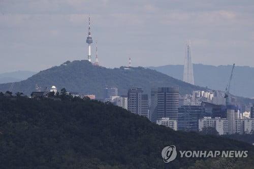 '서울 낮 27도' 맑고 더워…남부 내륙 오후 한때 소나기
