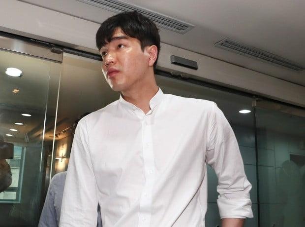 원주 DB로 옮긴 김종규/사진=연합뉴스