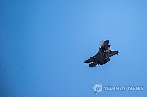 F-35 주요 결함 여전, 미 국방부 연말 시한 앞두고 고심